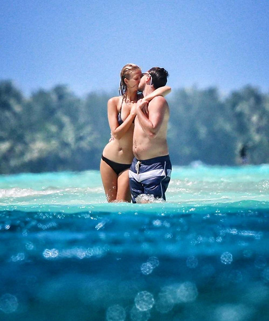Vztah s modelkou Toni Garrn je minulostí.
