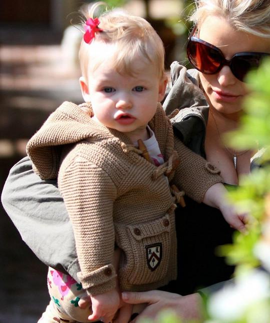 Desetiměsíční Maxwell Jessicy Simpson je kouzelná.