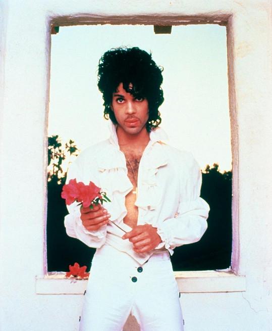 Prince na snímku z roku 1985.