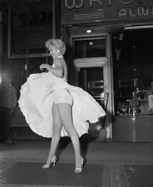 Marilyn Monroe ve Slaměném vdovci.