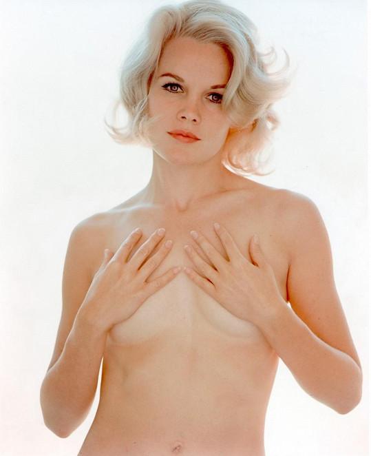 Carroll Baker chtěla být slavnější než Marilyn Monroe.