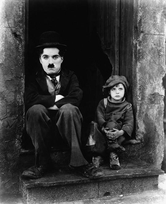 Film Kid (1921) rozesmával i dojímal.
