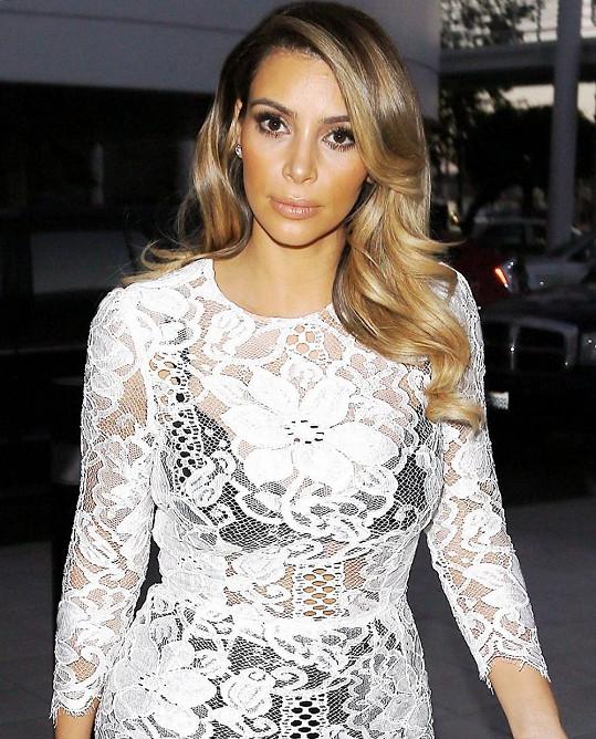 Kim Kardashian už zhubla vše, co v těhotenství nabrala.