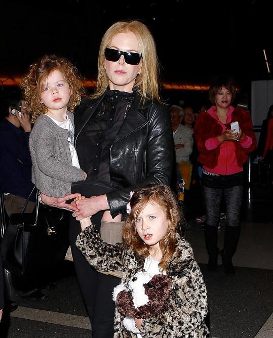 Nicole Kidman s dcerkami Sunday Rose a Faith.
