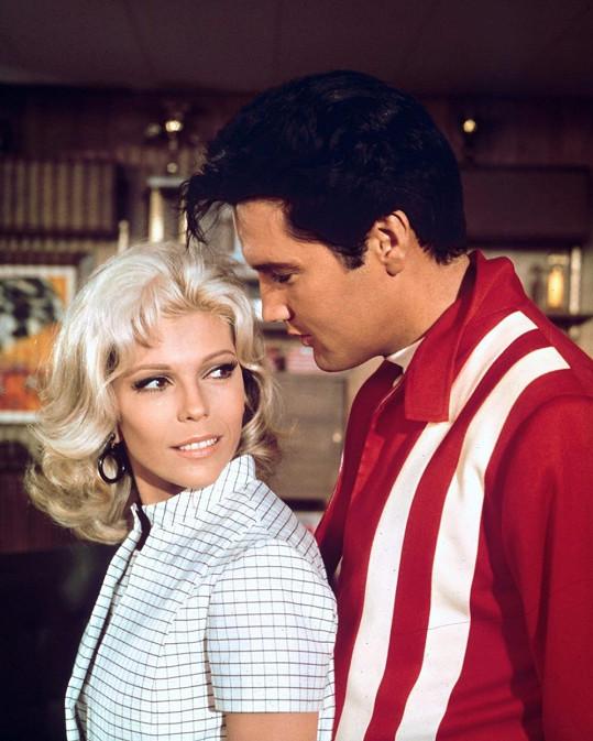 S Elvisem si v roce 1968 zahrála ve filmu.