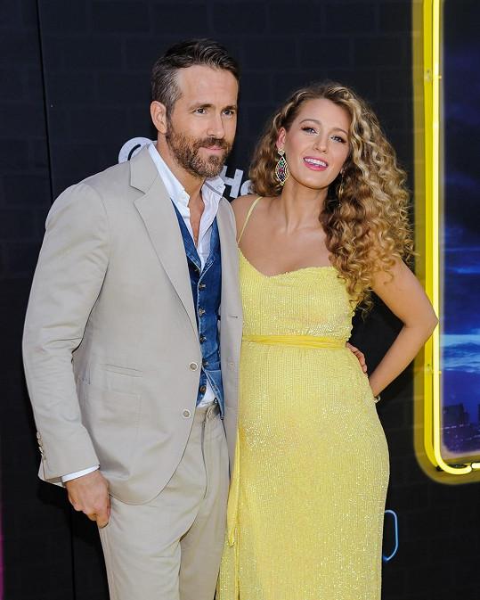Blake Lively a Ryan Reynolds se stali potřetí rodiči letos v říjnu. K dcerám James a Inez přibyla další holčička, s jejímž jménem ani podobiznou se zatím nepochlubili.