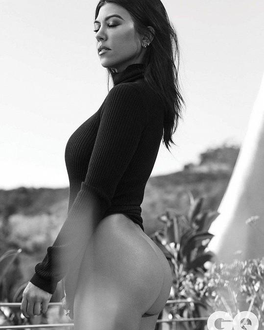Kourtney Kardashian se fotila pro mexický GQ magazín a výsledek stojí za to.
