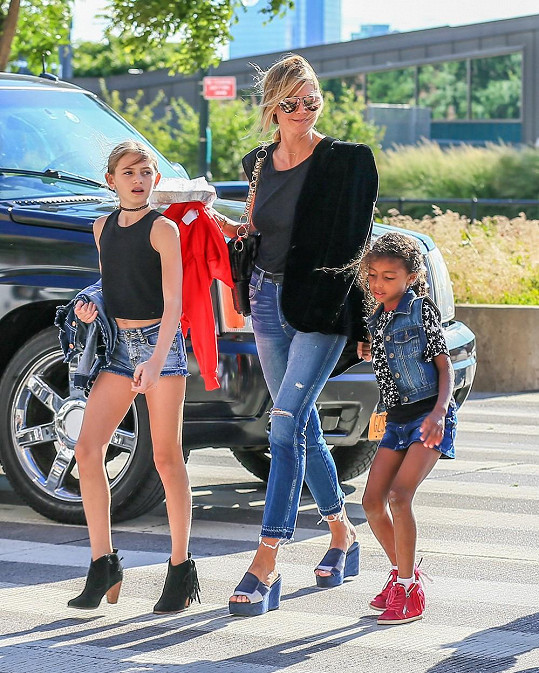 Heidi Klum s dcerami Leni a Lou v New Yorku