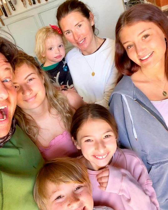 Jamie a Jools s dětmi
