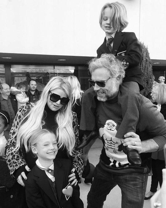 S manželem a dětmi Maxwell a Acem