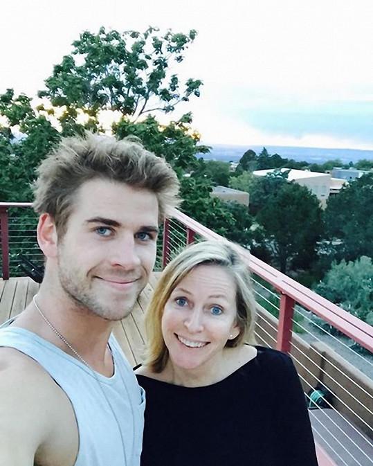 Liam s maminkou