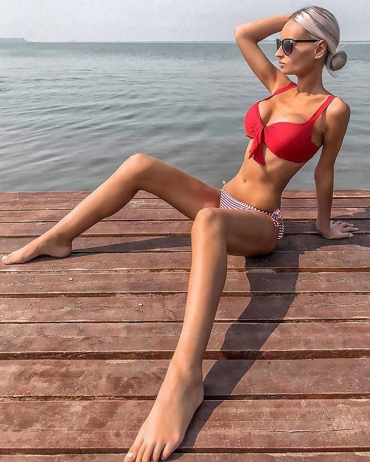 Julia Kriger je další ženou, které učarovala panenka Barbie.