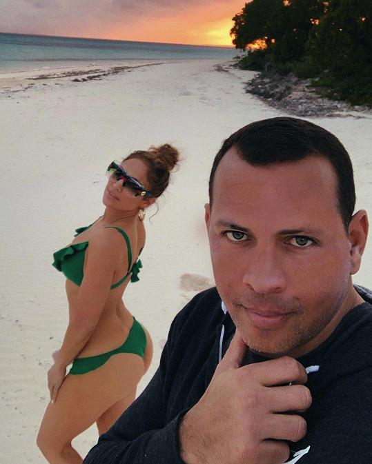 Jennifer požádal o ruku na dovolené na Bahamách.