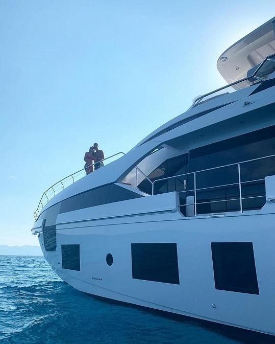 Cristiano a Georgina si užívají dovolenou v Itálii.