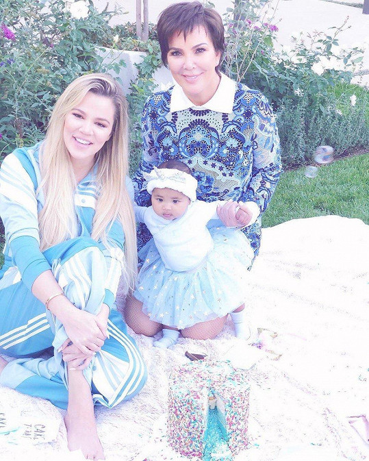Khloé s True a maminkou Kris Jenner
