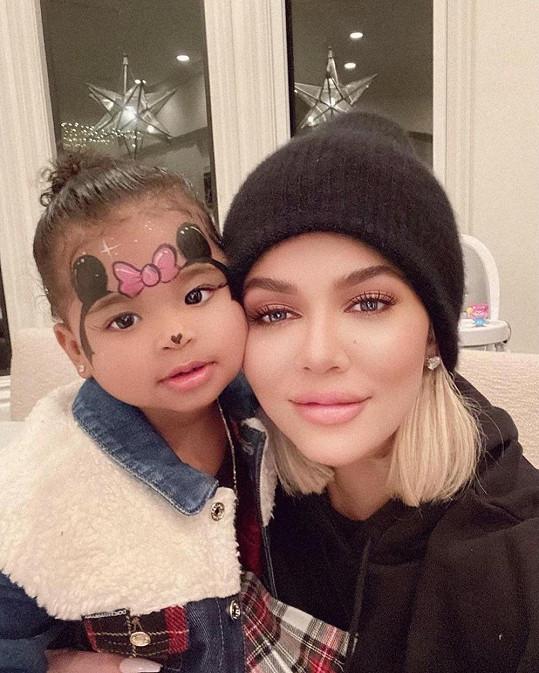 S dcerkou True