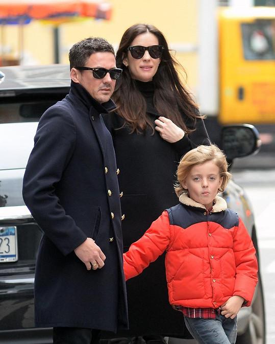 Herečka s Davidem Gardnerem a synem Milem