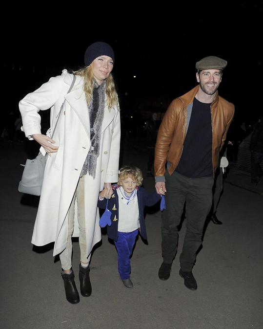 Jodie s Davidem a jejím synem Indiem.