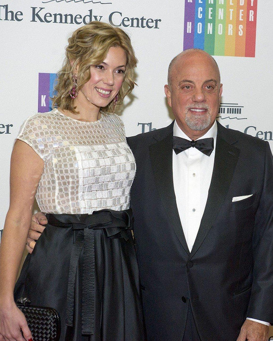 Billy Joel se letos dočkal třetí dcery.