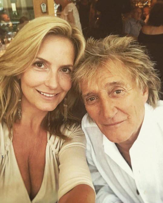 Manželka slavné rockové hvězdy Roda Stewarda, bývalá modelka, dnes známá fotografka Penny Lancaster (46)