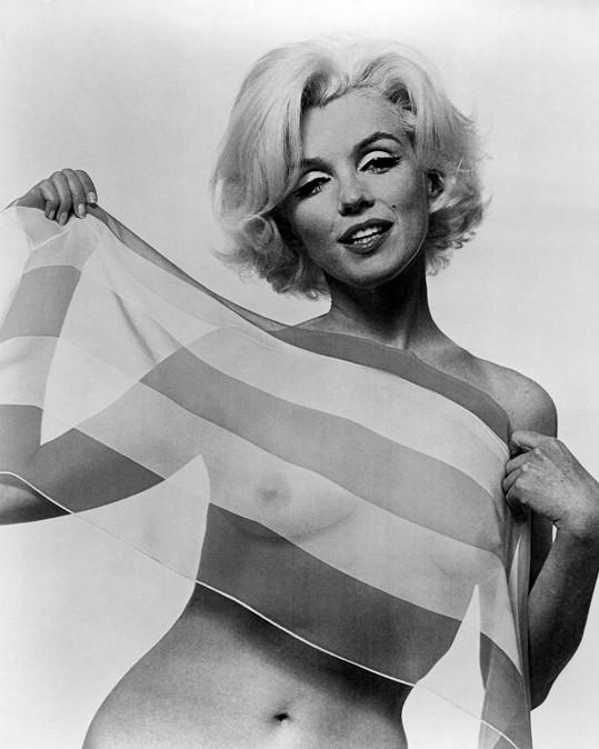Marilyn Monroe na fotce pro Vogue šest týdnů před smrtí.