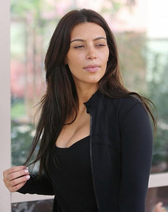 Kim je přirozeně krásná.
