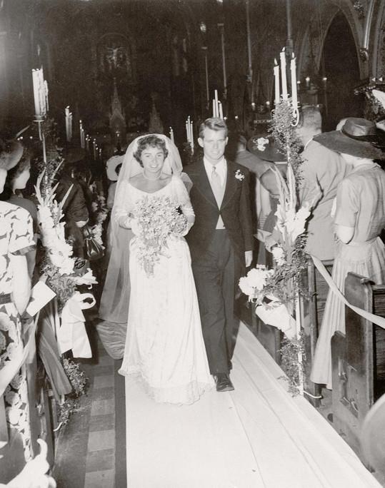 Svou ženu Ethel si vzal v roce 1950. Narodilo se jim 11 dětí.