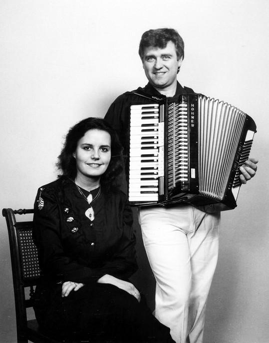 Eva a Vašek na svém prvním vystoupení v Rakousku v roce 1991.