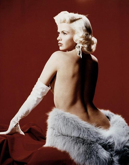 Jayne Mansfield chtěla být druhou Marilyn. Dostihla ji pouze v jednom směru.