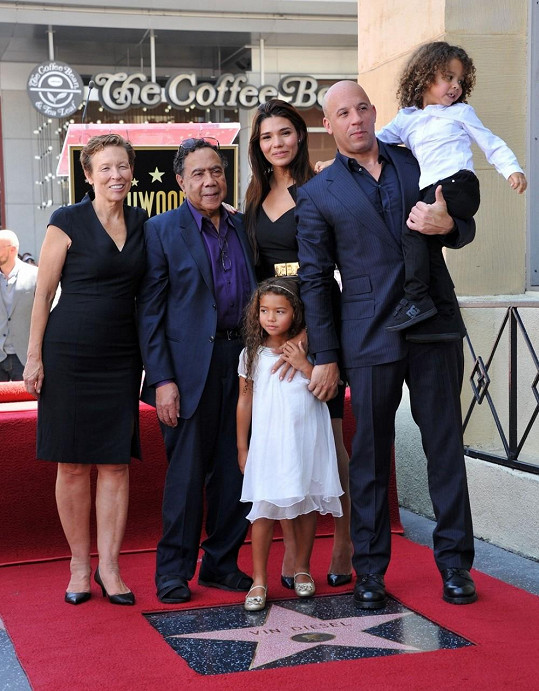 Vin Diesel nemohl o výjimečný okamžik ochudit svou rodinu.