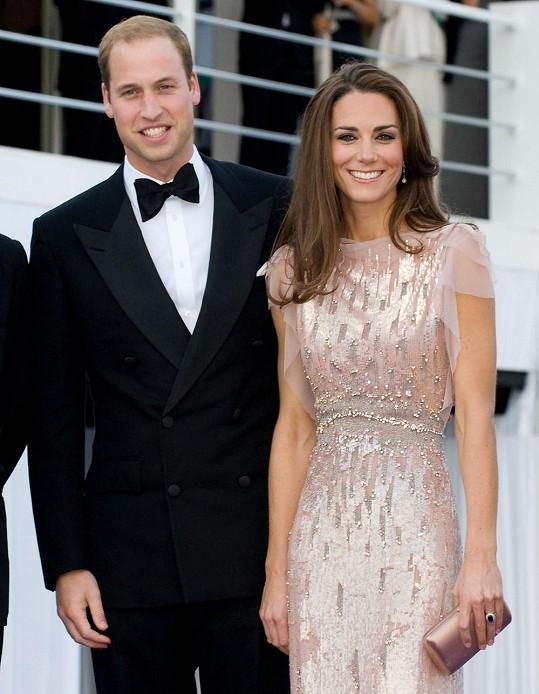 A zde již jako vévodkyně z Cambridge s chotěm Williamem