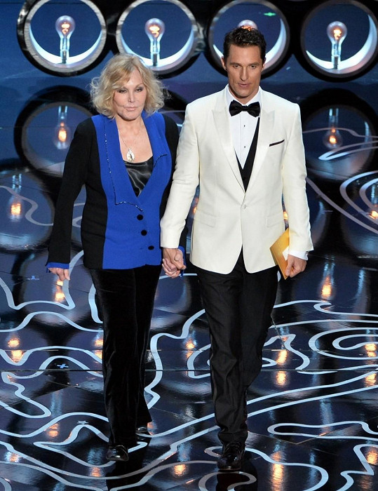 Novak a Matthew McConaughey přišli vyhlásit nejlepší animovaný film.