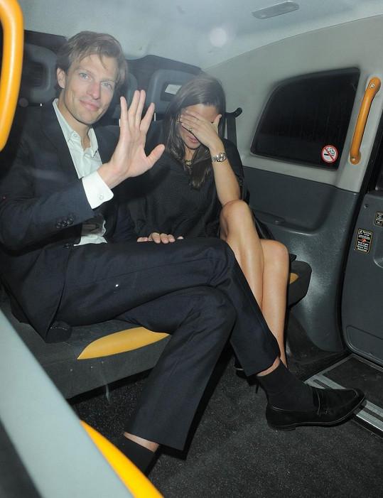 Pippa se na narozeninové párty klubu objevila s přítelem Nicem Jacksonem.