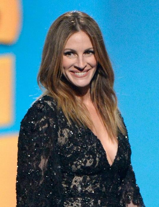 Julia Roberts na udílení cen Grammy