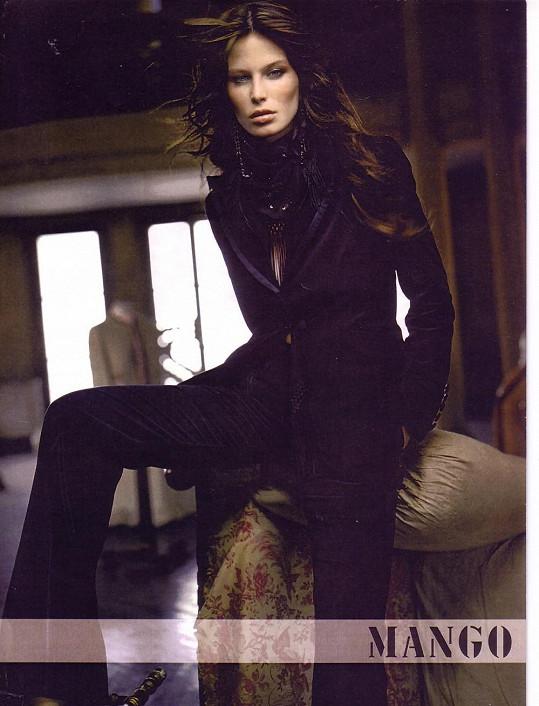 Viera spolu s Karolínou Kurkovou jsou jediné z českých a slovenských modelek, které nafotily celosvětovou kampaň pro značku Mango.