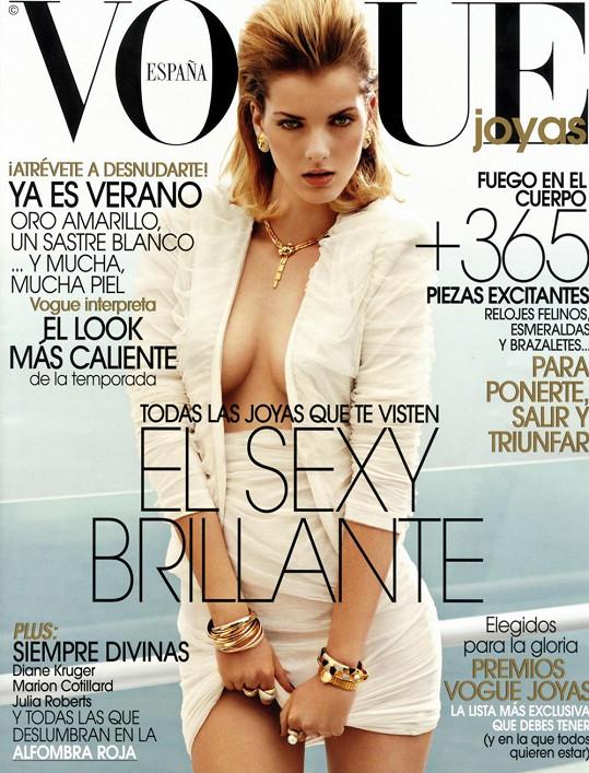 Denisa se jako jedna z mála českých krásek objevuje na obálkách prestižních módních magazínů.