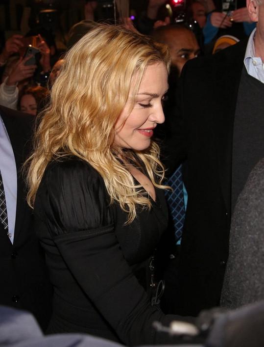 Madonna se soustředí na rozjezd svých fitcenter.