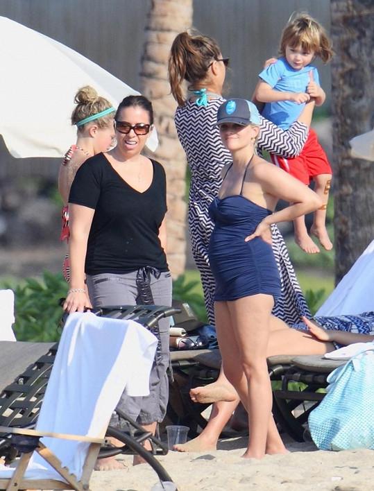 Reese tráví začátek roku s rodinou a přáteli.