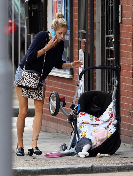 Geldof svého prvního synka vyklopila na ulici.