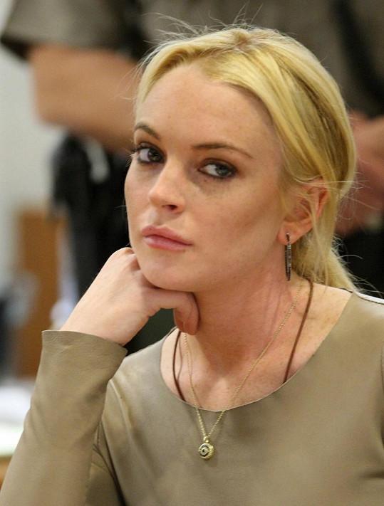 Lindsay Lohan před časem u soudu.