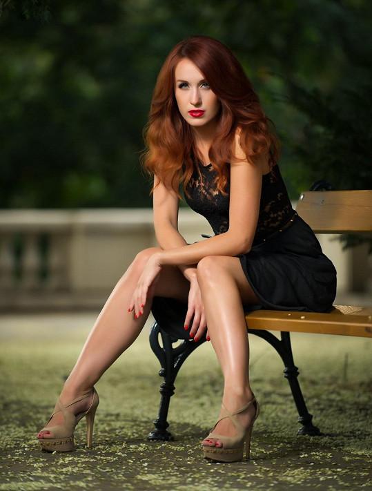 Slovenská herečka si nám v minulosti postěžovala, že se jí muži bojí. Od té doby, co má bodyguarda, se jí budou vyhýbat přímo obloukem.