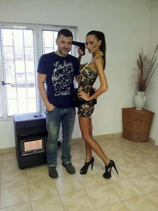 Eliška Bučková s fotografem Martinem Bučkem.