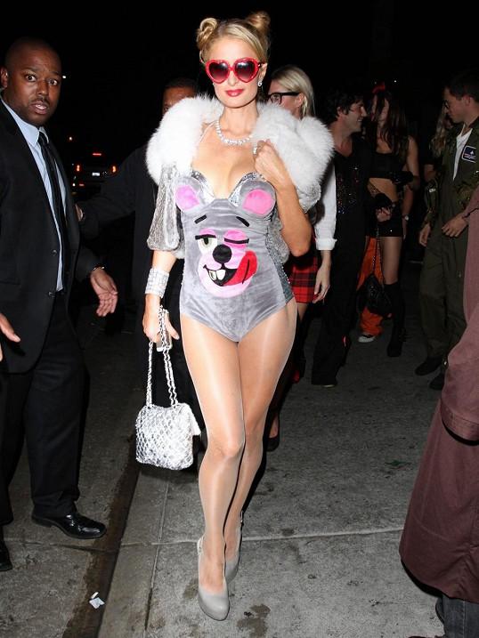 Miley Cyrus zákulisí sex videa