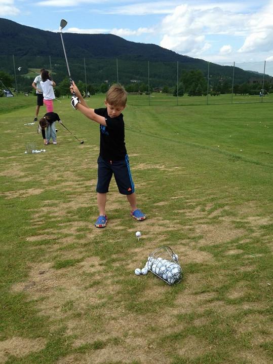 Kristian si golf oblíbil...