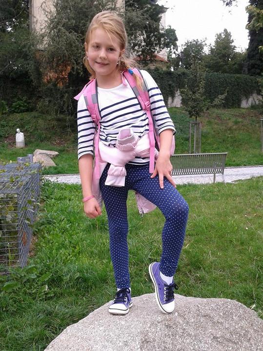 Takhle se Christel oblékla na svůj první školní den.