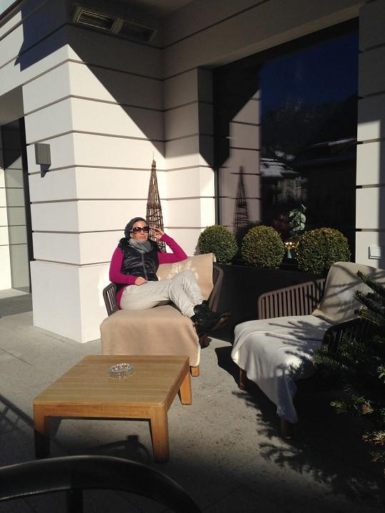 Dnes ráno Gábinu před hotelem potěšilo slunce...