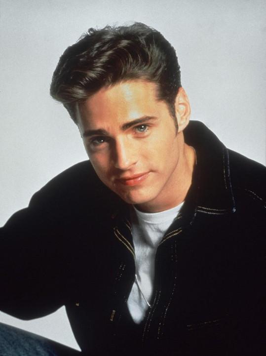 Jason jako mladičký Brandon Walsh