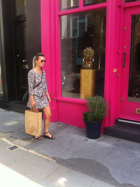 V Londýně to bylo hlavně o nákupech.