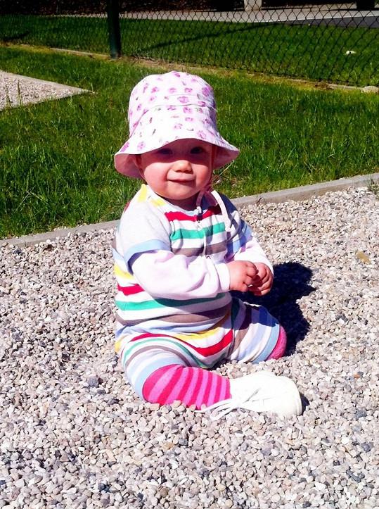 Malá Jasmínka brzy oslaví první narozeniny.