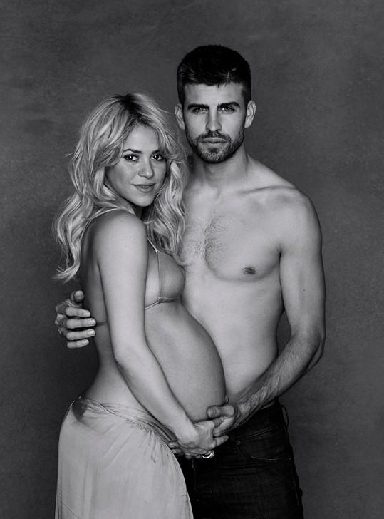 Shakira s Gerardem před porodem.